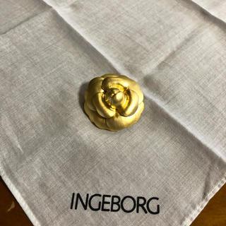 インゲボルグ(INGEBORG)のインゲボルグ ブローチ(ブローチ/コサージュ)