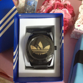 アディダス(adidas)の☆お取り置き☆(腕時計)