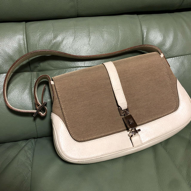 louis vuitton 時計 偽物 1400 、 Gucci - グッチの通販 by nashi