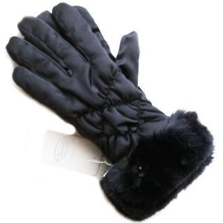 アンテプリマ(ANTEPRIMA)の新品 フィオーリ ファー BK アンテプリマ スマホ対応 SALE 手袋(手袋)