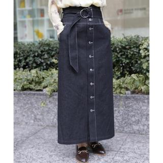 ミスティウーマン(mysty woman)のブラックデニムナロースカート(ロングスカート)