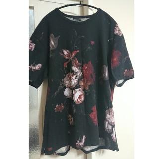 ラッドミュージシャン(LAD MUSICIAN)のラッドミュージシャン 赤 花柄Tシャツ 42size (Tシャツ/カットソー(半袖/袖なし))