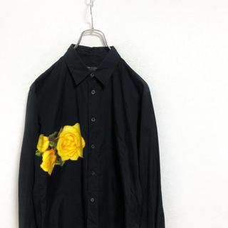 コムデギャルソンオムプリュス(COMME des GARCONS HOMME PLUS)の【廃盤】コムデギャルソンオムプリュス 薔薇シャツ メンズ xs ブラック 古着(シャツ)