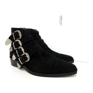 トーガ(TOGA)のトーガTOGA VIRILIS ■4連 ストラップ スウェード ヒール ブーツ(ブーツ)