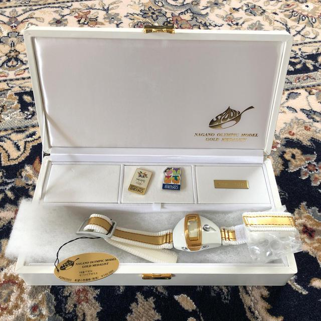 ALBA(アルバ)のAZRC003 3rdモデル(金メダル) メンズの時計(腕時計(デジタル))の商品写真