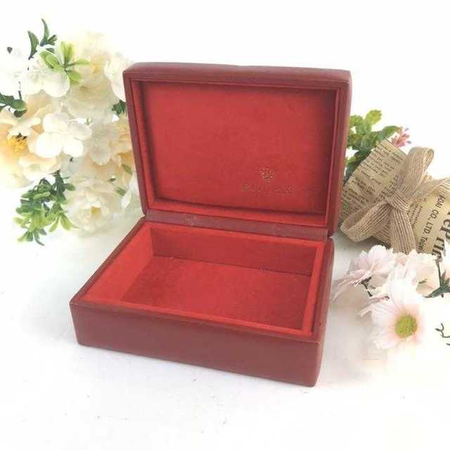 ヴィトンの偽物 / ROLEX - ❤️セール❤️ ロレックス 時計 箱 小物入れ ROLEX 空箱 赤の通販 by 即購入歓迎shop