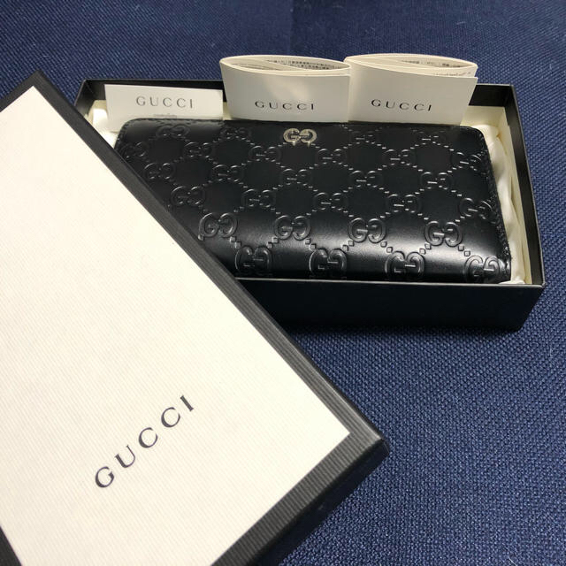 Gucci - GUCCI SIGNATURE LEATHER WALLETの通販 by わか's shop