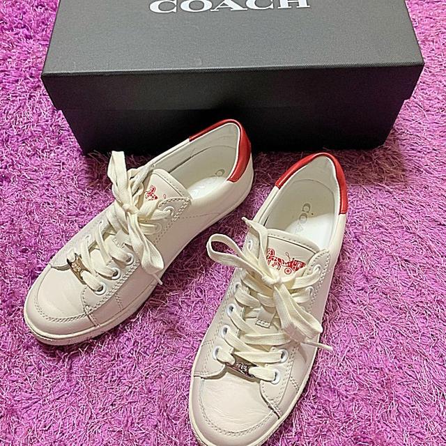 COACH - コーチ ★ ホワイトレザー スニーカーの通販 by shop