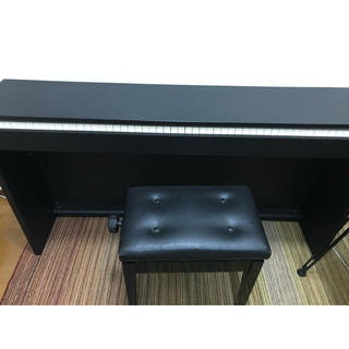 カシオ(CASIO)の電子ピアノ CASIO PX-830 88鍵 イス付き(電子ピアノ)
