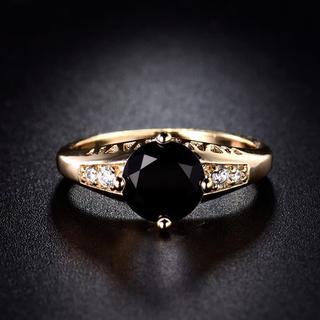 特価高品質!エレガントなクリスタルのステンレスリング 8、9号相当(リング(指輪))