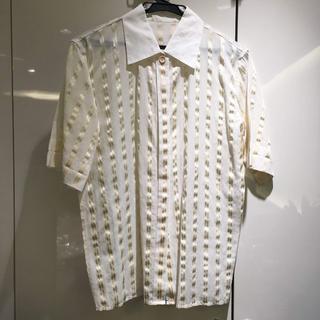 クリスチャンディオール(Christian Dior)のDior アイボリー×金 ストライプ シャツ (93016268)(シャツ/ブラウス(半袖/袖なし))