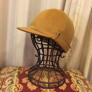 エルメス(Hermes)のHERMES エルメス 帽子 キャメル(ハンチング/ベレー帽)