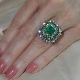 ハイクオリティ レディース エメラルド&ホワイトサファイアリング 指輪ジュエリー(リング(指輪))