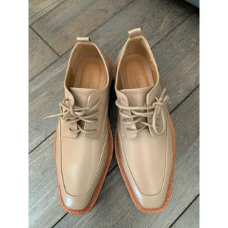 ミラオーウェン(Mila Owen)の完売!MilaOwen(ミラ オーウェン) プラットフォームオックスフォード(ローファー/革靴)