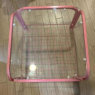 ピンク ガラステーブル(ローテーブル)