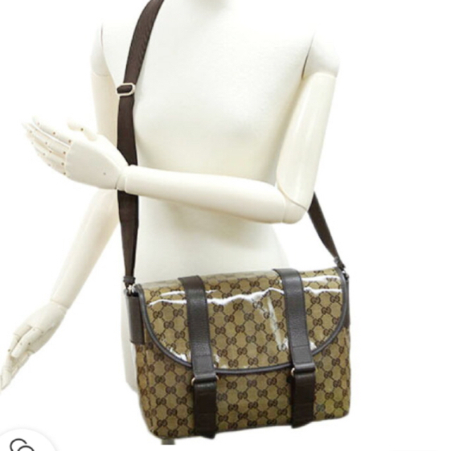 Gucci - GUCCI美品ショルダーバックの通販 by イイネ放置❌お気軽にコメント下さい