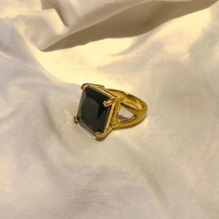 ロキエ(Lochie)の୨୧ Vintage rétro black crystal gold ring(リング(指輪))