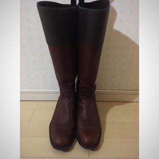 ヌォーボ(Nuovo)の美品レザーブーツ(レインブーツ/長靴)