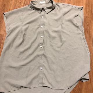 GU - 袖無しシャツ