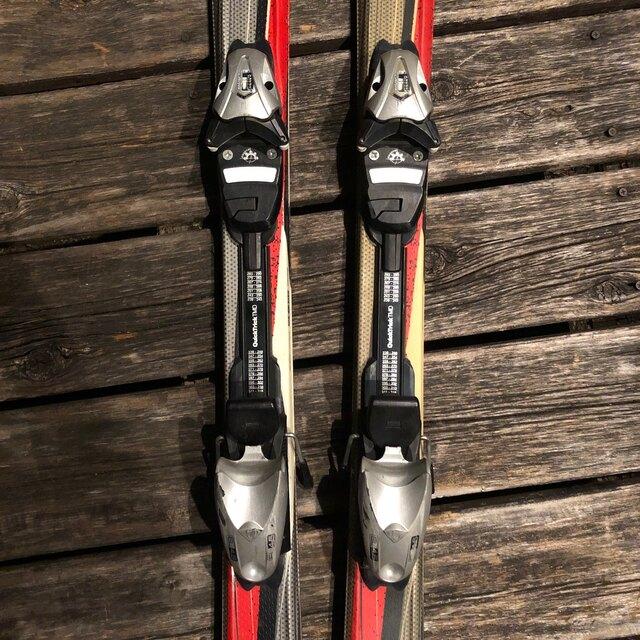 Elan(エラン)のELANスキー板2点セット スポーツ/アウトドアのスキー(板)の商品写真