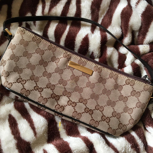 Gucci - たん様専用。本日限定価格!正規免税店購入シリアルありの通販 by 姫羅莉
