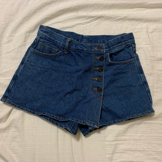 ミックスエックスミックス(mixxmix)のpoint button wrap mini denim skirt(ショートパンツ)