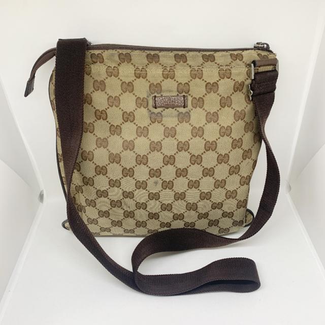 Gucci - gucci ggキャンバス ショルダーバッグ 保存袋付きの通販 by ☺︎ピリオドガーデン☺︎フォロワー様割引✌︎