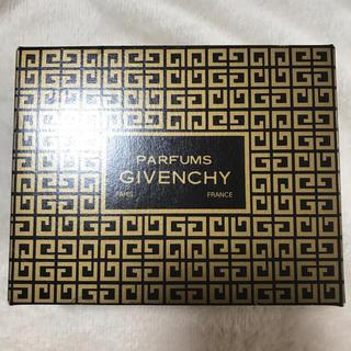 ジバンシィ(GIVENCHY)のジバンシィ パフューム ソープ100g(ボディソープ/石鹸)
