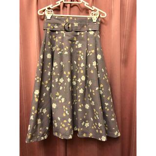 ダズリン(dazzlin)のダズリン  花柄パープルフレアスカート(ひざ丈スカート)