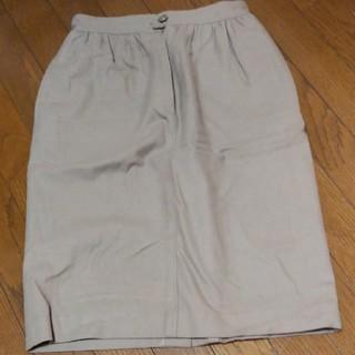 クリスチャンディオール(Christian Dior)のクリスチャンディオールスカート(ひざ丈スカート)