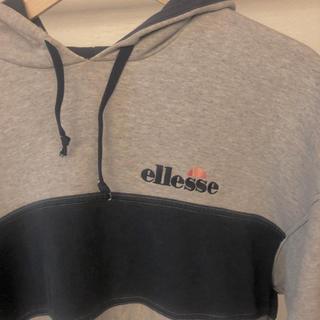 エレッセ(ellesse)のellesse トレーナー(トレーナー/スウェット)