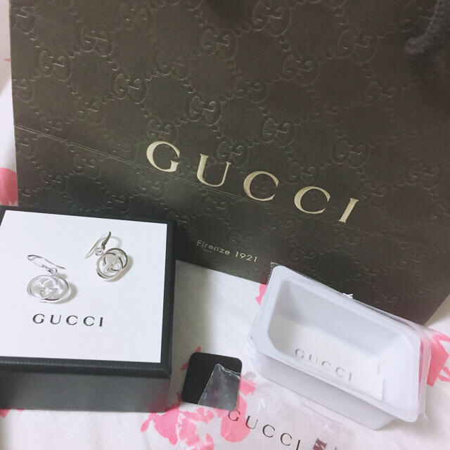 Gucci - GUCCI グッチ ピアス シルバーの通販 by ゆう's shop