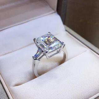 【5カラット 】高級エメラルドカット モアサナイト ダイヤモンド リング(リング(指輪))