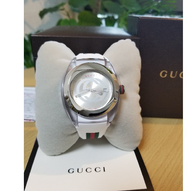 Gucci - 国内時計販売店保証2年付き★人気色GUCCI 腕時計YA137102の通販 by AOSHIMA BRAND™️