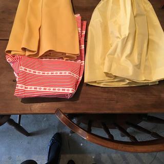 ミュウミュウ(miumiu)のmiumiu lemon yellow skirt.(ミニスカート)