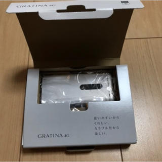 キョウセラ(京セラ)のau GRATINA 4G KYF31SWA(携帯電話本体)