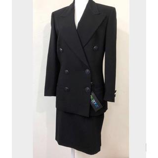 イスタンテ(istante)のistante新品未使用タグ付きのスーツに成ります❣️ただ今10%OF❣️(スーツ)
