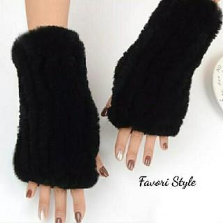 トゥモローランド(TOMORROWLAND)の高品質 レッキスラビットファー 手袋 アームカバー  ブラック(手袋)