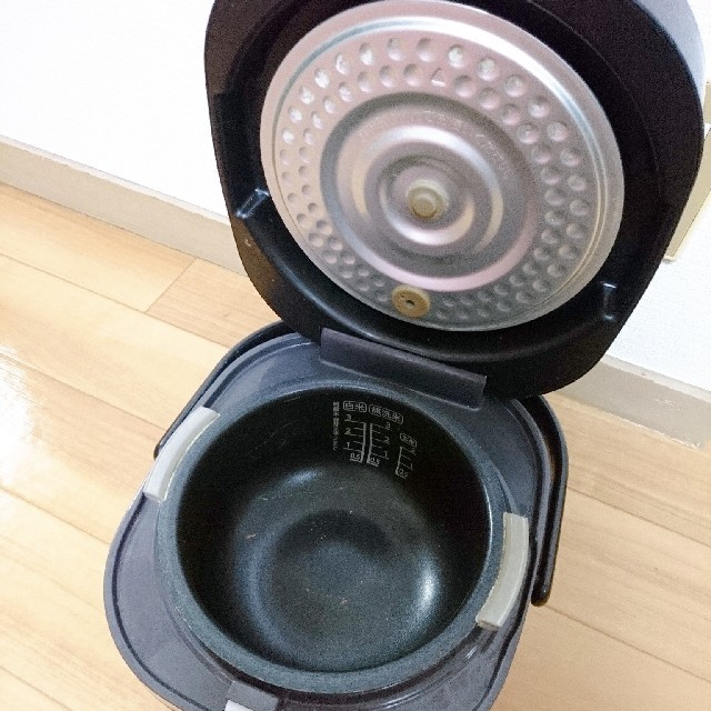 SHARP(シャープ)のSHARP炊飯器 スマホ/家電/カメラの調理家電(炊飯器)の商品写真