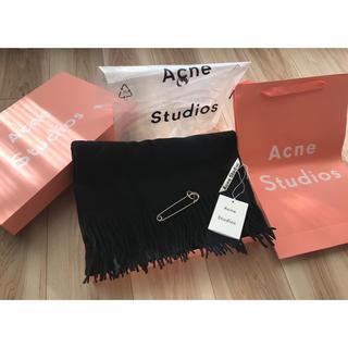 アクネ(ACNE)の【最安】新品未使用 Acne Studios アクネ 大判ストール ブラック(ストール/パシュミナ)