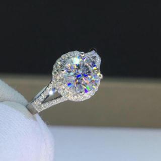 モアサナイト: 輝く モアサナイト ダイヤモンド リング(リング(指輪))
