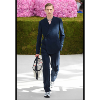 DIOR HOMME - Dior homme テーラードジャケット ネイビー