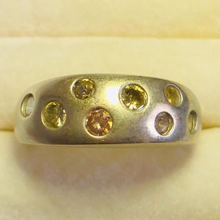ホワイトゴールド K18WG 1ct 8石のダイヤリング カラフルなダイヤ(リング(指輪))