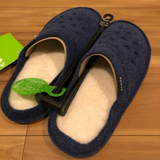 crocs - 新品特別セール★クロックス   クラシック スリッパ