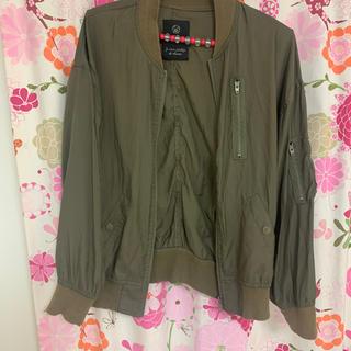 ダブルクローゼット(w closet)の秋、春にぴったり薄めジャケット(ミリタリージャケット)