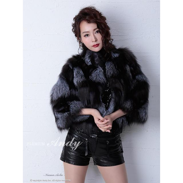 Andy(アンディ)のアンディAndyフォックスファー バイカラーファーコートemiriawiz レディースのジャケット/アウター(毛皮/ファーコート)の商品写真