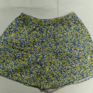 レプシィム(LEPSIM)の値下げLEPSIM花柄 ショートパンツ (ショートパンツ)