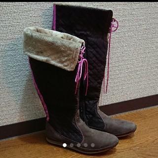 アディダス(adidas)の【adidas】ブーツ ブラウン×ピンク(ブーツ)