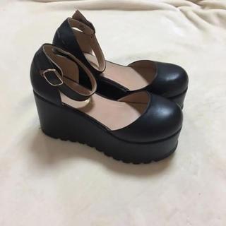 厚底 黒(ローファー/革靴)