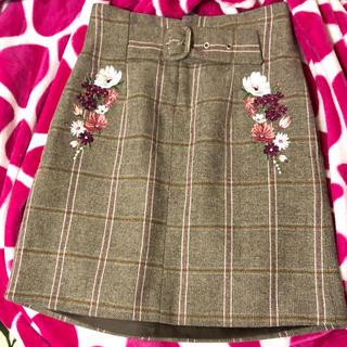 ジルバイジルスチュアート(JILL by JILLSTUART)のジルバイ刺繍スカート(ミニスカート)